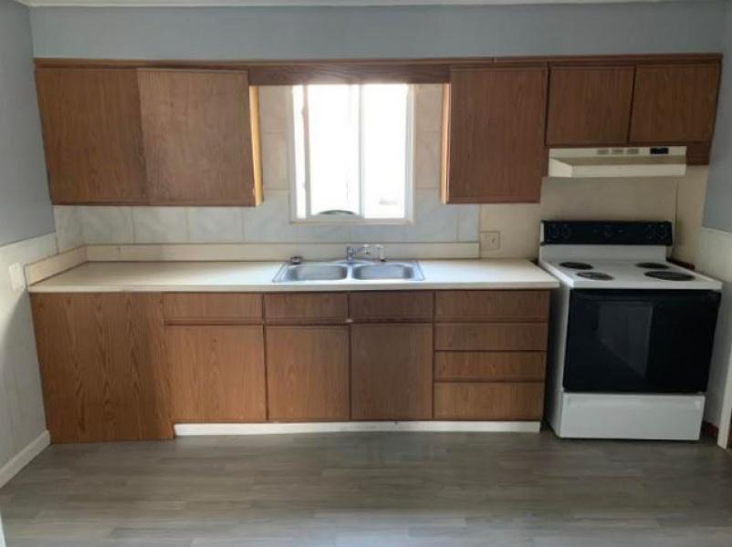 2 Bedrooms Bedrooms, ,1 BathroomBathrooms,Duplex,For Rent,1064